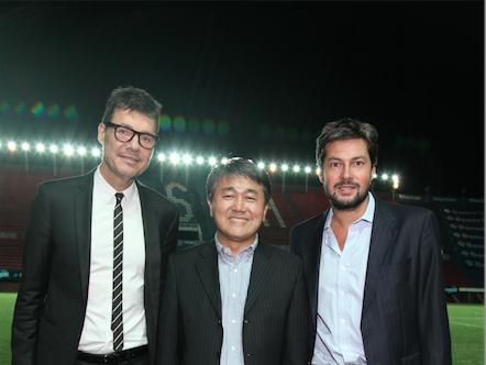 Marcelo Tinelli -  Vicepresidente de CASLA -  Thomas Yoon - Presidente de LG Argentina y Matías Lammens -  Presidente de CASLA - cultura-geek