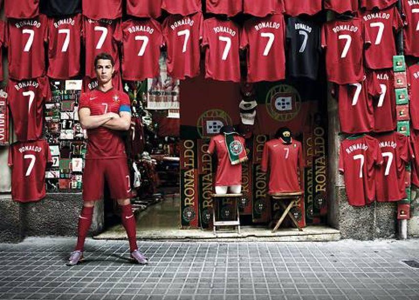CR7 Cistiano Ronaldo @culturageek