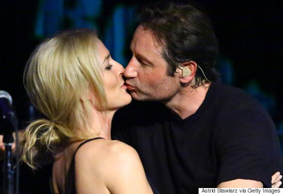 NEW YORK, NY - MAY 12:  (L-R) Actors Gillian Anderson and David Duchovny attend David Duchovny in concert at The Cutting Room on May 12, 2015 in New York City.  (Photo by Astrid Stawiarz/Getty Images)