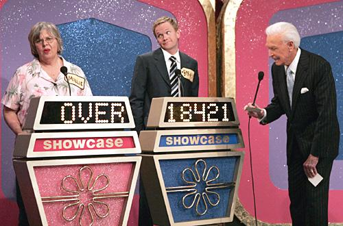 """""""Showdown"""" -- Barney( Neil Patrick Harris ) is ecstatic about his appearance on the """"The Price Is Right"""" because he has wanted to meet Bob Barker (plays himself) his entire life, on HOW I MET YOUR MOTHER, Monday, April 30 (8:00-8:30 PM, ET/PT) on the CBS Television Network. Photo: Monty Brinton/CBS ©2007 CBS Broadcasting Inc. All Rights Reserved."""