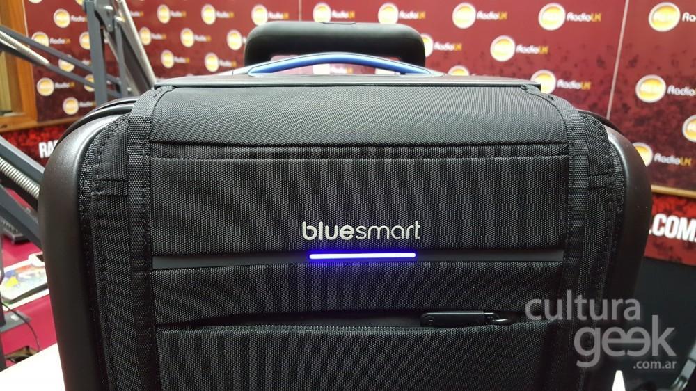 cultura geek 228 bluesmart valija y emojis