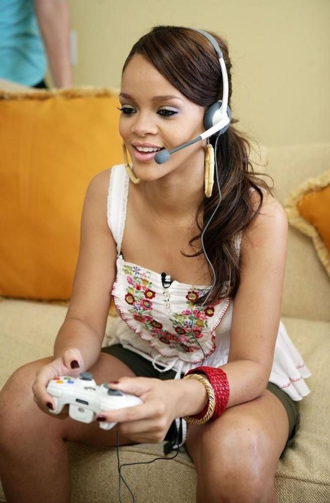 Cultura Geek Famosos Gamers Rihanna