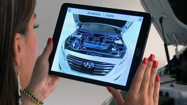 La cámara analiza las partes del auto y le indica al usuario lo que necesita