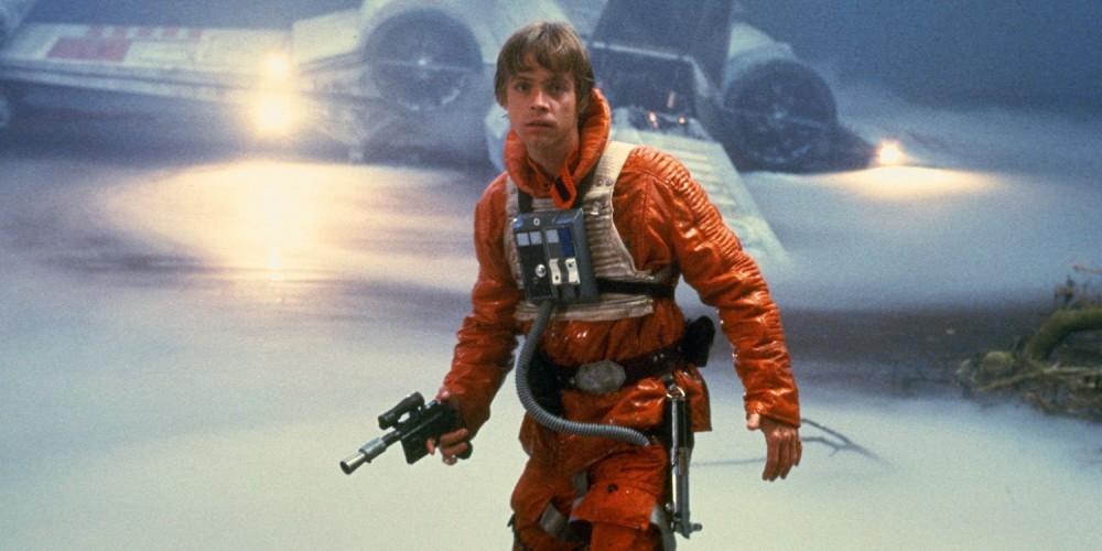 Star Wars Luke holding blaster culturageek.com.ar