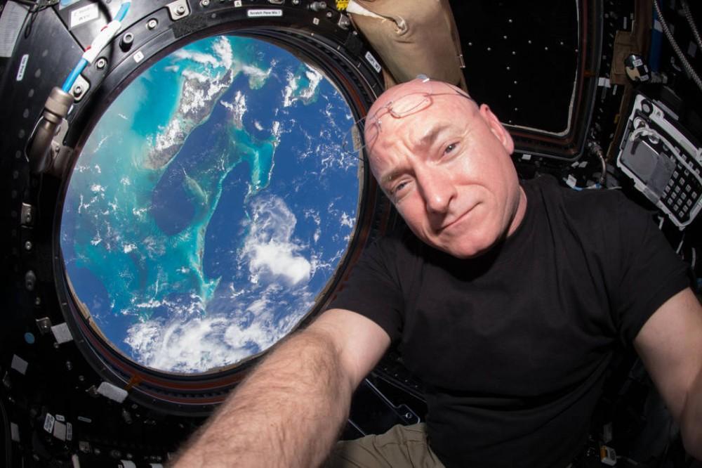 NASA-YearMission-02-culturageek.com.ar