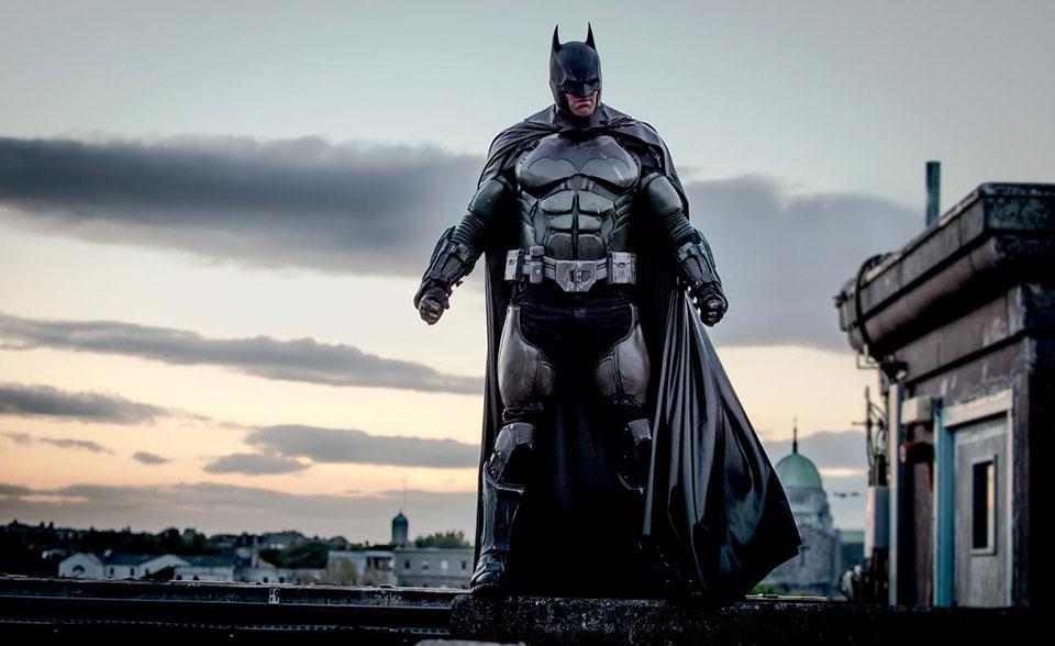 Batman solitario culturageek.com.ar