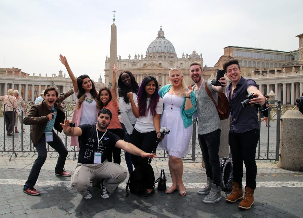 YouTubers y Francis