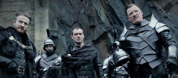 King Arthur-Legend-of-the-Sword2_www.culturageek.com.ar