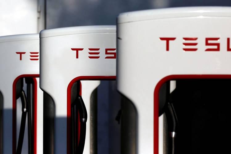 www.culturageek.com.ar Tesla SolarCity Adquisición 1