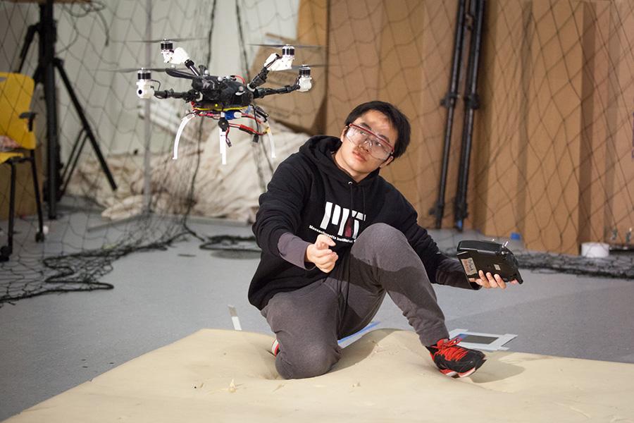 drones mit