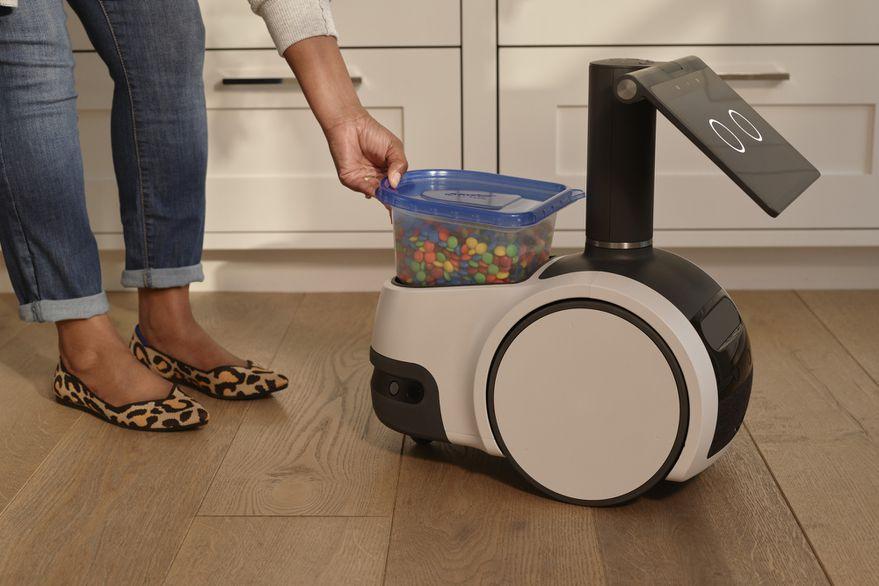 Amazon-Astro-robot-hogareno-Cultura-Geek-3