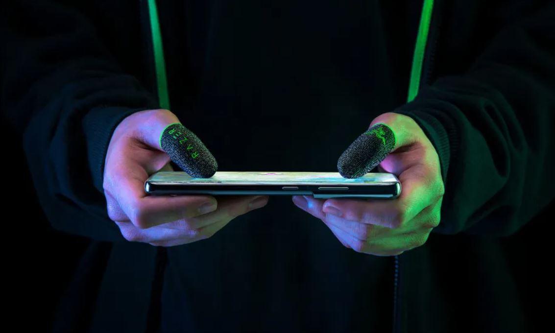 Razer-Gaming-Finger-Sleeves-Cultura-Geek-2